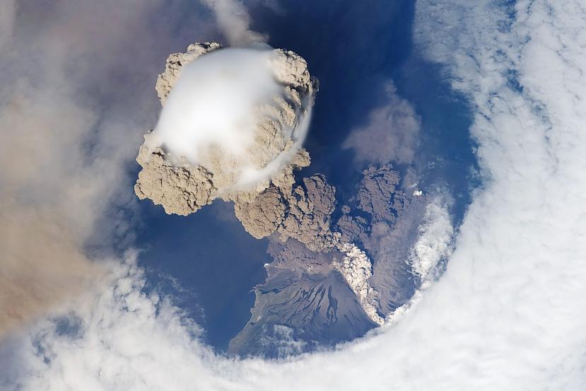 Autors: aģents 007 Attēli no SKS (starptautiskās kosmosa stacijas)