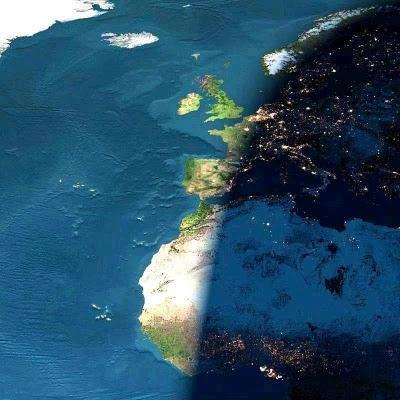 Dienas un nakts maiņa Autors: aģents 007 Attēli no SKS (starptautiskās kosmosa stacijas)