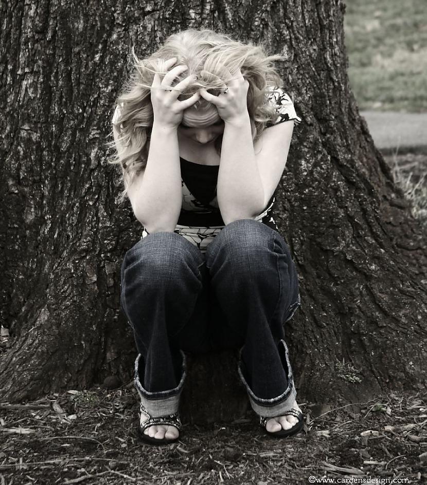 Mēdz būt tā ka cilvēks nespēj... Autors: sawle15 Raudāšana un asaras.