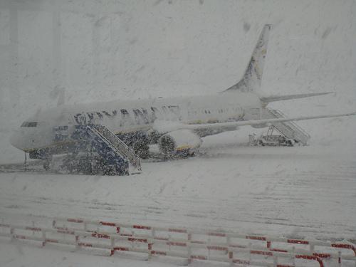 Baltijas lidostas šodien... Autors: ghost07 Latvijai tuvojas sniegavētra