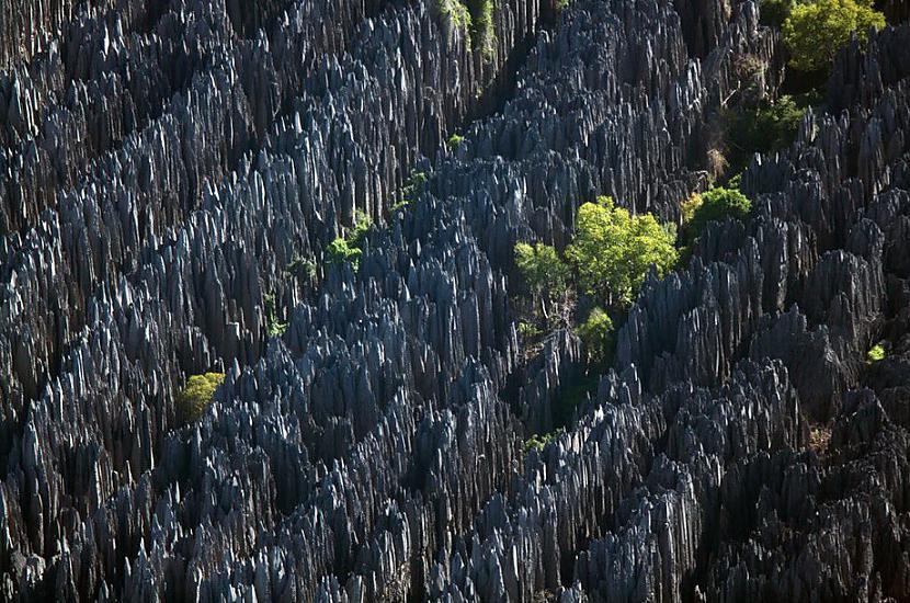 Akmeņu mežs Tsingy de... Autors: KorAva Tā izskatās mūsu mājas no augšas