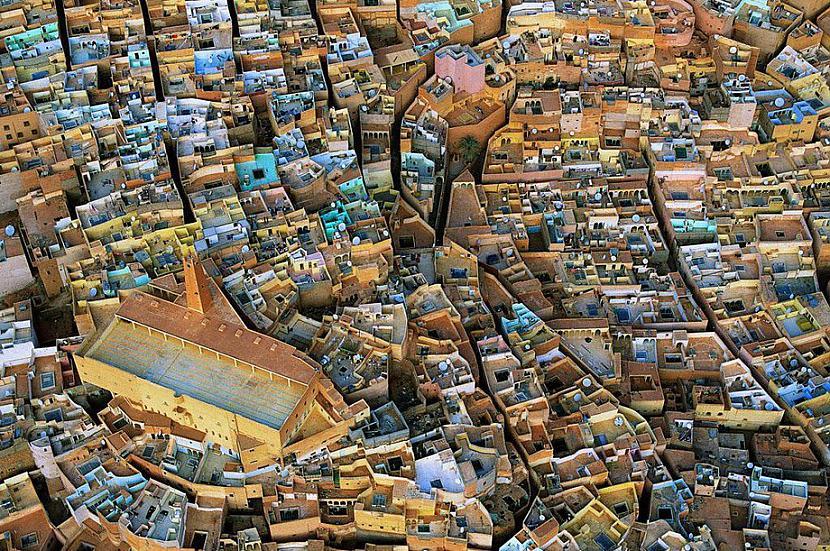 El Atteuf Alžīrija Autors: KorAva Tā izskatās mūsu mājas no augšas