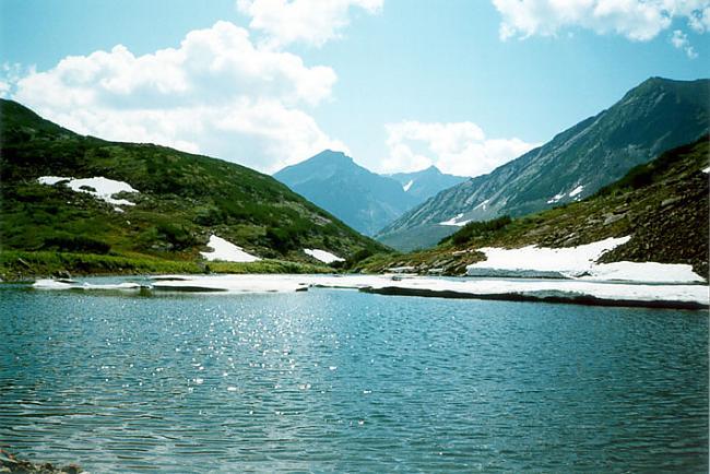 Baikāla ezers ir aptuveni 20... Autors: Ledaināā Interesanti fakti