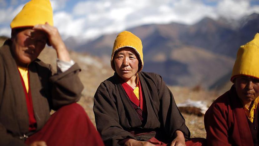 nbspMūķenes ietur pauzi un... Autors: gnosin Tibetiešu sieviešu klosteris