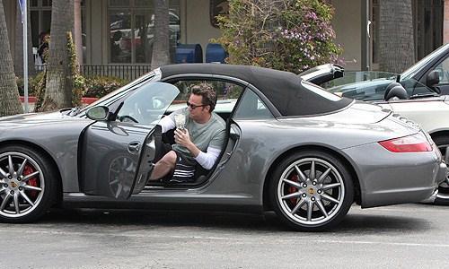 Matthew Perry  Porsche 911... Autors: Moradi Slavenību auto 3