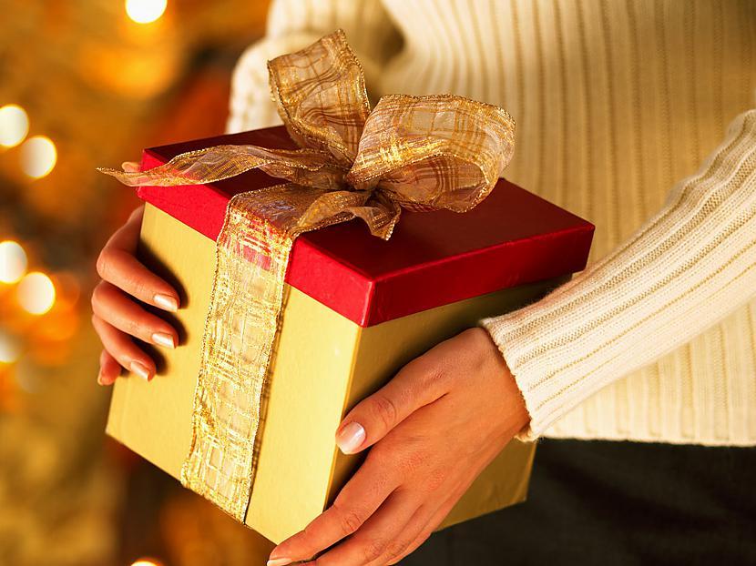 Ziemassvētku vecītim Grūti... Autors: cezijscs Jautri dzejolīši + ziemassvētku attēli
