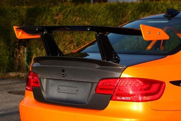 Tāpat šim automobilim ir... Autors: Fosilija 'Manhart' pārveidotais 'BMW M3' ar