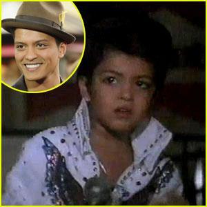 Bruno Mars Autors: LilCRazyLejskalns Dziedātāji bērnībā :D