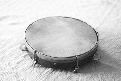 Sietiņš bubyns bubeneņš... Autors: debesukalejs Latviešu tautas mūzikas instrumenti