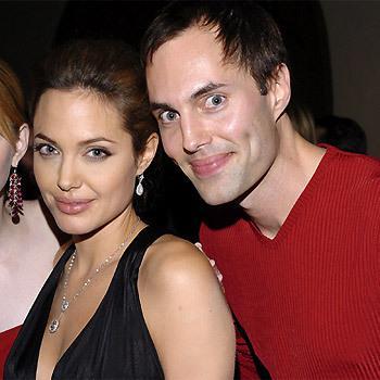 Angelina Jolie un viņas brālis... Autors: mousetrap Pazīstamo cilvēku radinieki..