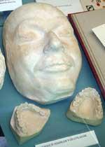 Nacistu SS vadonis Heinrihs... Autors: Citizen Cope Nāves maskas