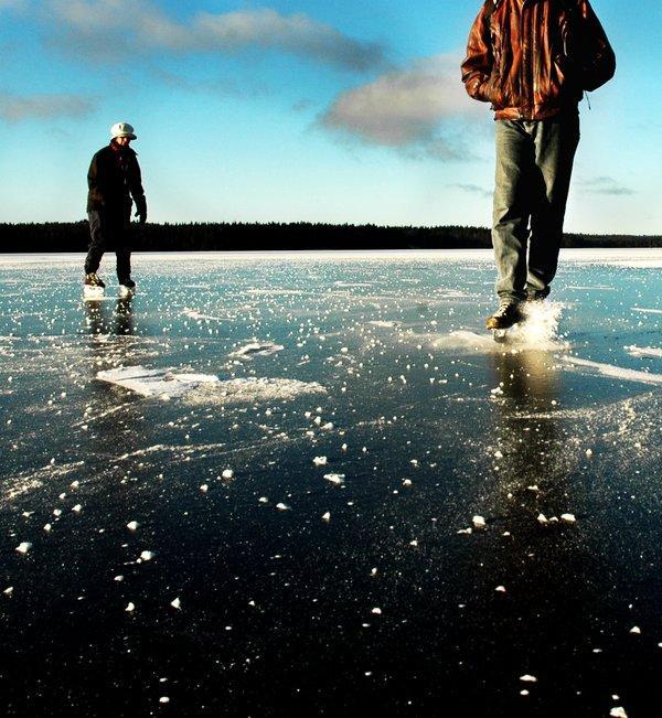 un nu varēja doties ārā Autors: iloveapplecake Winter snow story!`