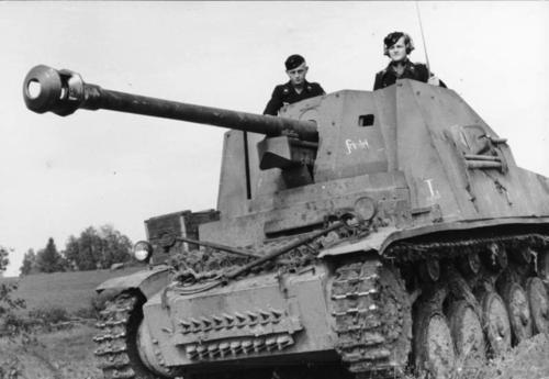 Tādējāti tika izdomāti... Autors: cornflakes WW2 vācu tanku-iznīcinātāji un mobilā artilērija