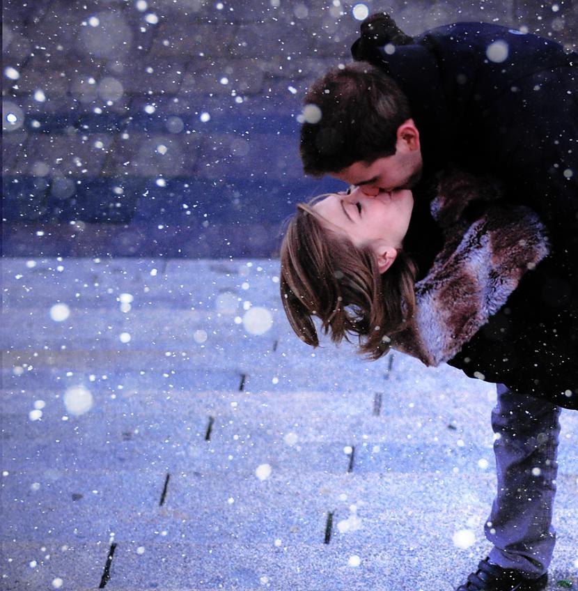 такая падающий снег на фото в инстаграм всей души