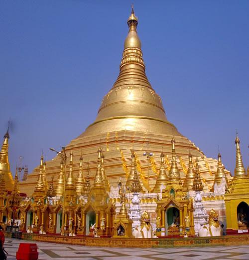 Shwedagon Pagoda Autors: reinars22 Pasaules skaistākās celtnes.