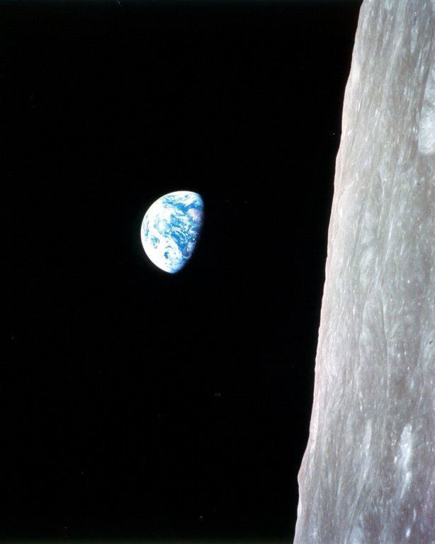 Ceļā uz mēnesi Apollo 8... Autors: Moonwalker Episkās Zemes bildes no kosmosa