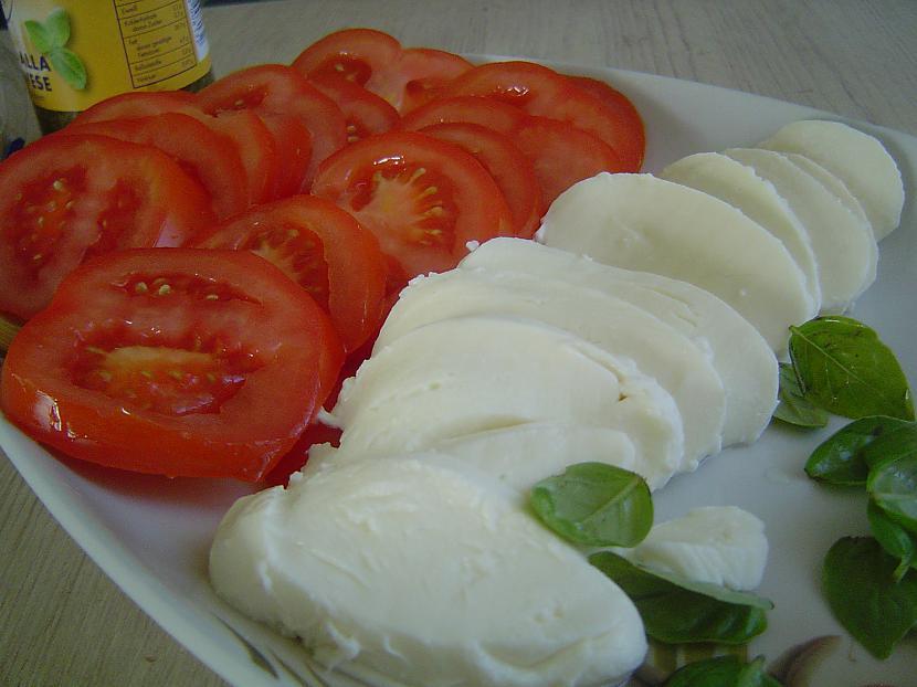 Autors: januxx Gardās mozzarellas maizītes