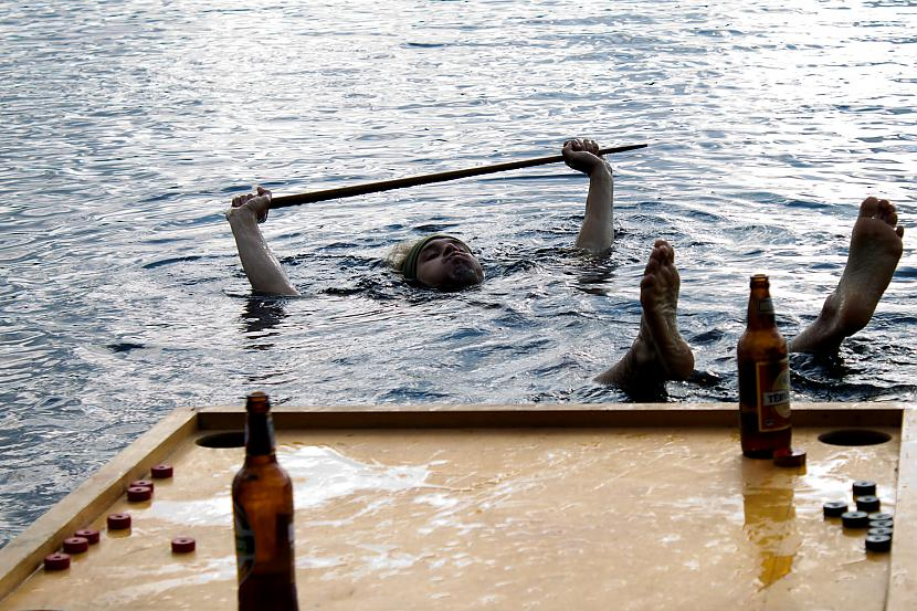 Ūdensnovusa neatņemama... Autors: Quorthon Jauns olimpiskais sporta veids - ūdensnovuss (pacelts)