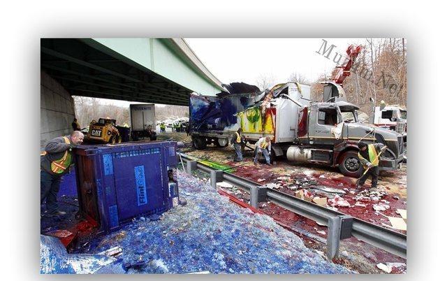 Apgāzīsies kravas auto ar... Autors: Fosilija Liec disku mikroviļņu krāsnī