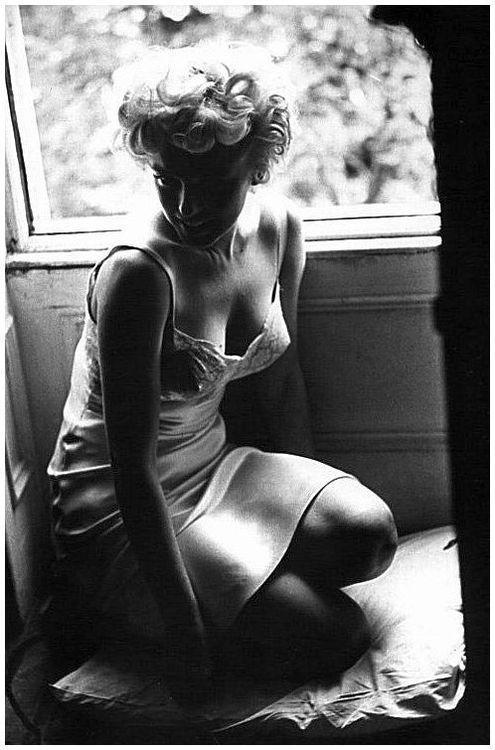 nbspItrsquos often just enough... Autors: serenasmiles Marilyn Monroe bildēs un citātos.