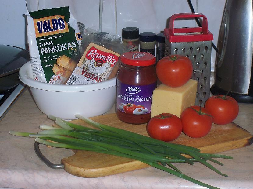 Miltu maisījums cīsiņi tomāti... Autors: RaimXxLV Cīsiņš iekš pankūk.