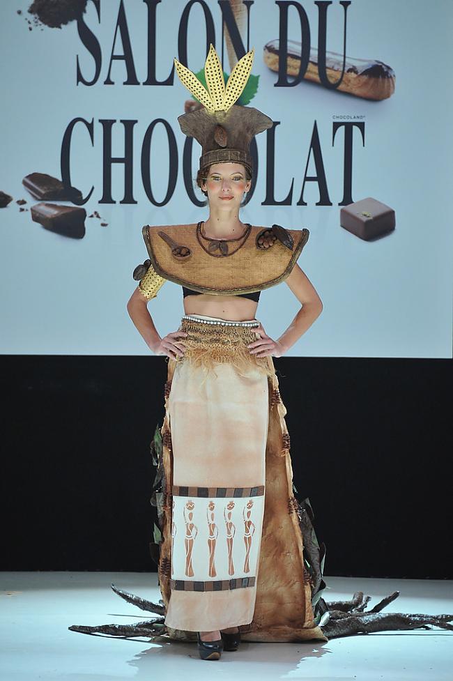 nbspKomiķe Elodie Varlet Autors: Maus Šokolādes izstāde Francijā 2012