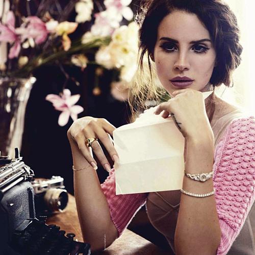 Otrais singls Born to Die kā... Autors: LivingTheUSA Lana Del Rey