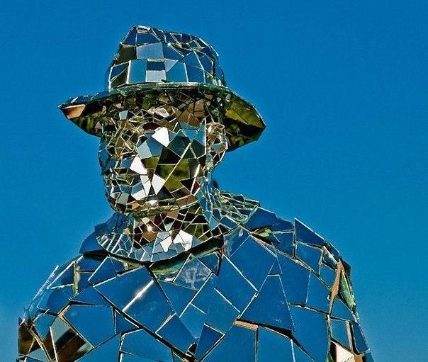 Ikviens var redzēt atspulgā... Autors: iFakti Cilvēks spogulis