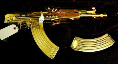 Tā Automāts AK47 jau izskatās... Autors: davidoff15 Zelta AK-47