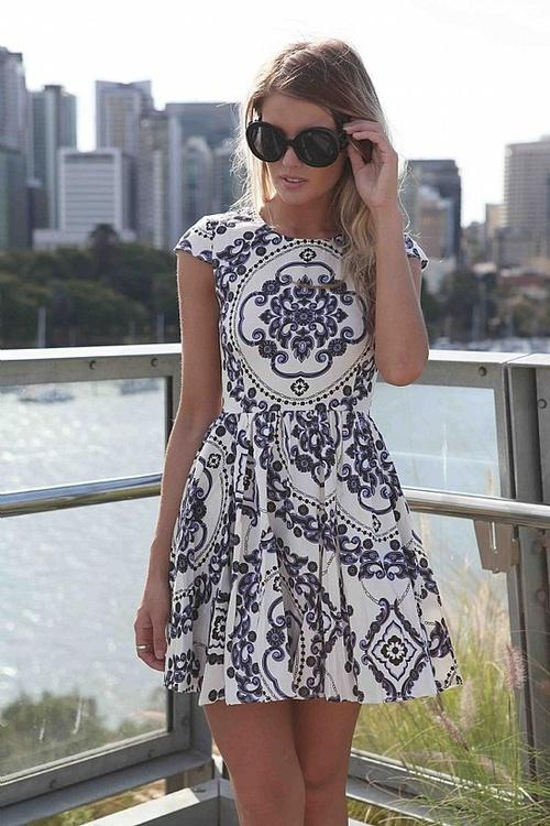 Autors: DJ France Girl gallery 8 (dress)