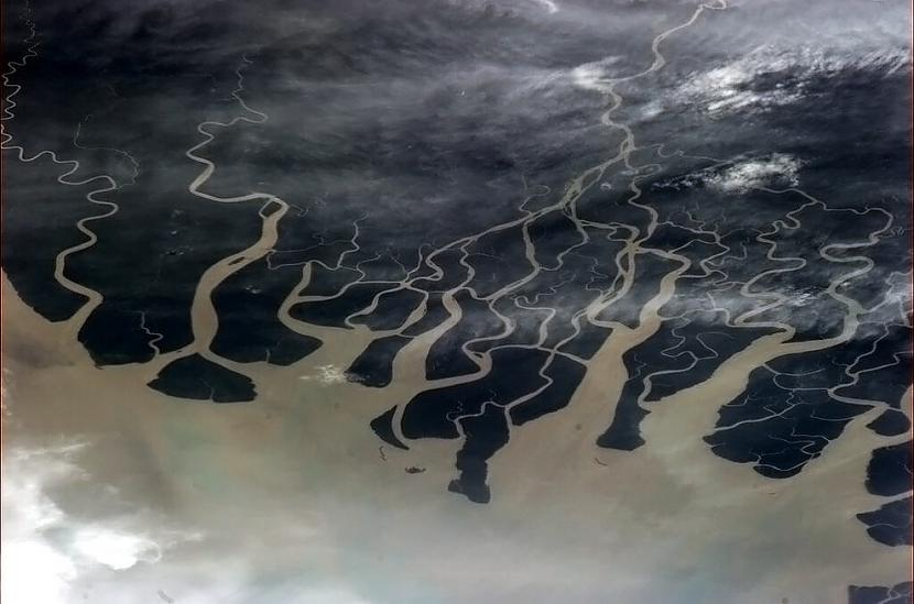 Autors: luvazhels Zeme No Kosmosa
