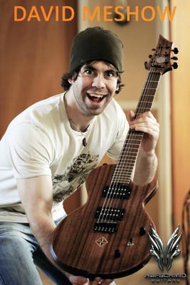 Viņa mīļākā ģitāra Autors: TheLuckyLV David MeShow