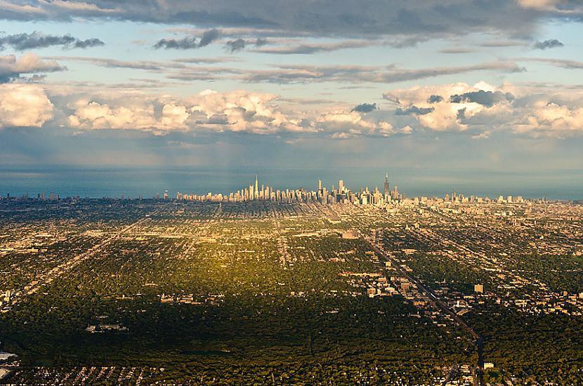 Čikāga Autors: Šamaniss Kā izskatītos pasaule ja tu būtu putns.