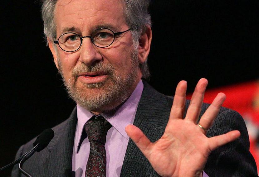 Steven Spielberg 1946Lai gan... Autors: mei4aa Slavenu cilvēku neveiksmes pirms panākumiem #5