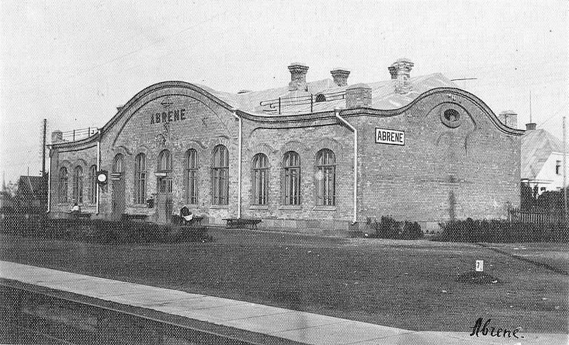 ABRENEStacija atklāta 1872gadā... Autors: Carloss Dzelzceļa stacijas un pieturas punkti līnijā Rītupe - Zemgale