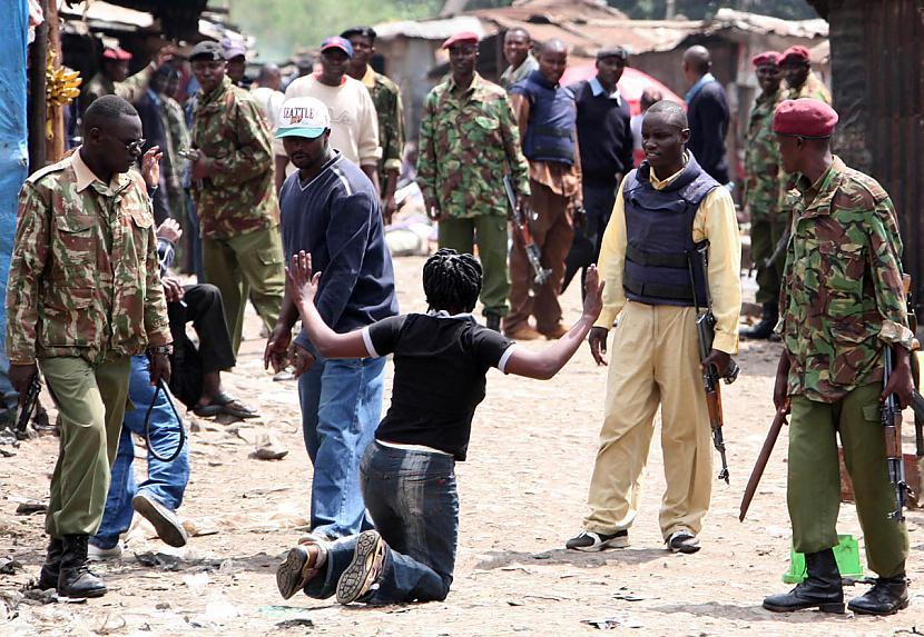 The Mungiki Kenyan Mafija... Autors: Edgarinshs Bīstamākās bandas pasaulē TOP10