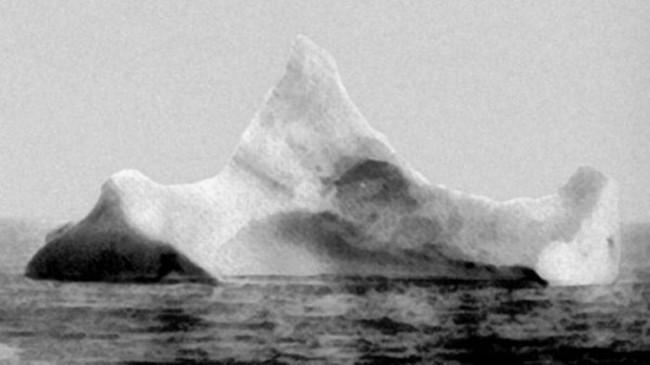 Scaronis aisbergs tiek... Autors: kaķūns Pagātnes deva