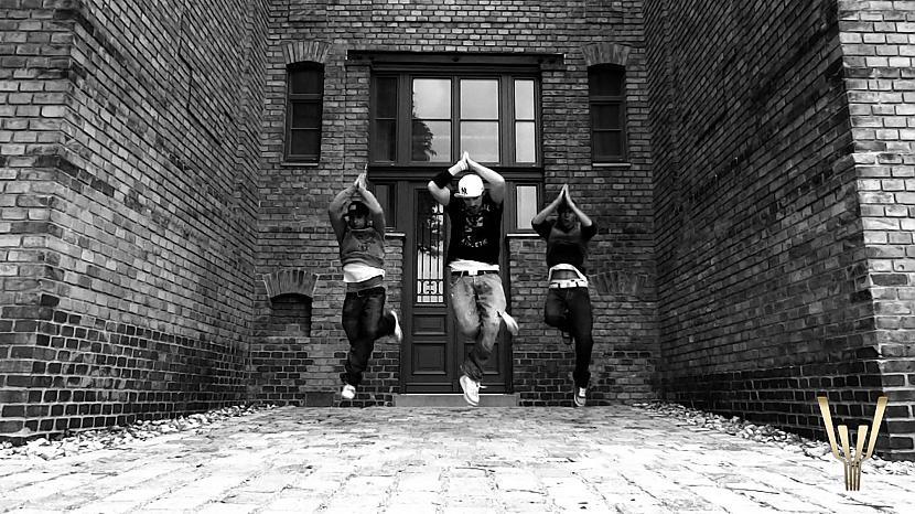 Autors: kitija217 Hip Hop- My Life *11*