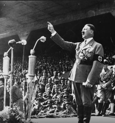 Ārpolitikas jomā gan Hitlers... Autors: Fingerline Nedzirdēti, neticami mīti par Ā.Hitleru
