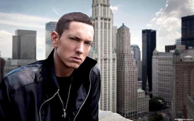 Eminem nopelnīti 160... Autors: Mrhaha 14 Slavenības kuras augušas nabadzībā
