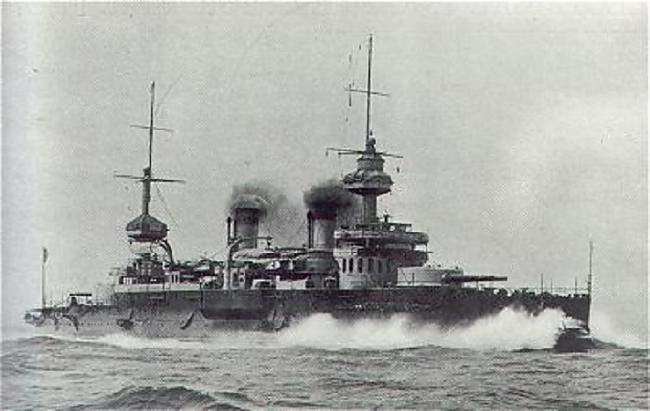 1898 gadā ūdenī ielaistais... Autors: Kapteinis Cerība Sprādziens un karakuģa