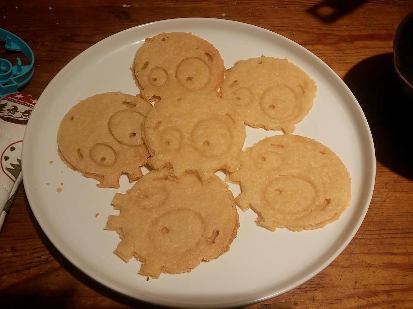 Te nu ir spocēni iznākuscaroni... Autors: Fosilija Spoki iznāca no manas virtuves krāsns!