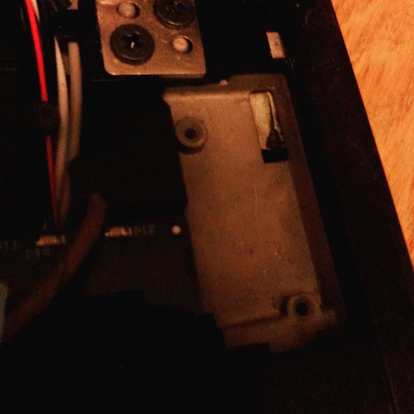 No iekscaronas varam redzēt ka... Autors: Fosilija RM laptopa lodēšana, klaviatūras mainīšana un tīrīšana