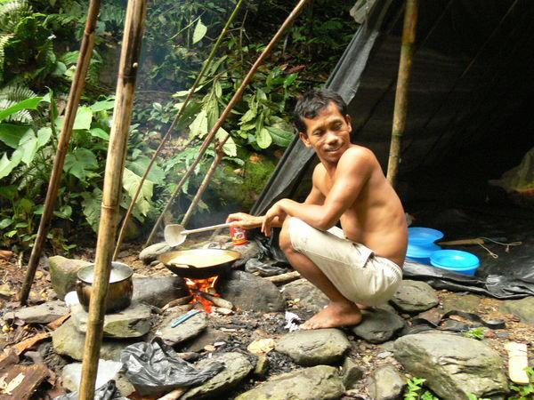 PārtikaVairāk enerģijas... Autors: Cicicita Izdzīvošanas paņēmieni (pirmā daļa) Izdzīvošanas prioritātes