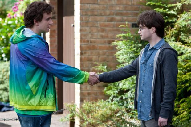 Harijs salaba ar Dūdiju... Autors: sancisj 100% Nezināmi fakti par Hariju Poteru.