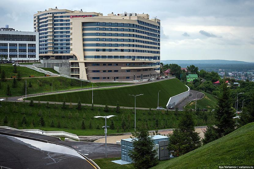 Jaunā pieczvaigžķu viesnīca... Autors: Raziels Kārtības ievešana a la Russia