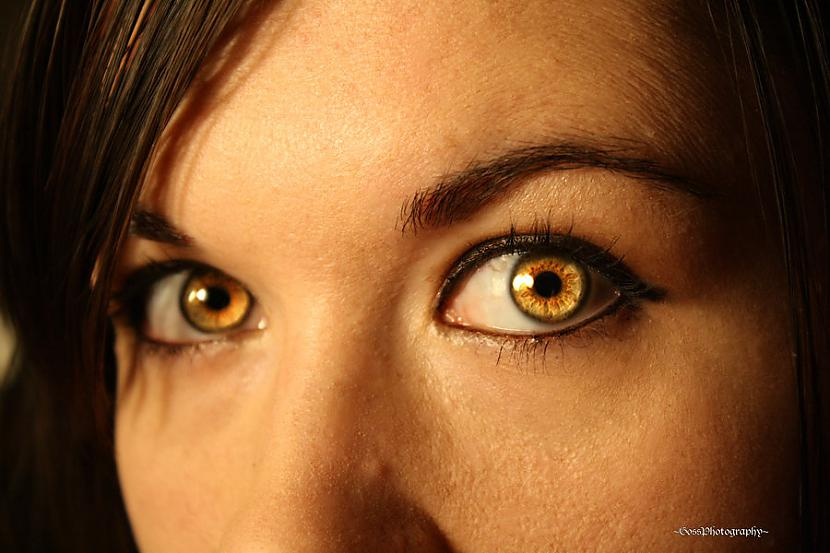 Dzeltena vai tīģerkrāsas acu... Autors: Aiiva Ko par tevi saka tava acu krāsa? (2.daļa)