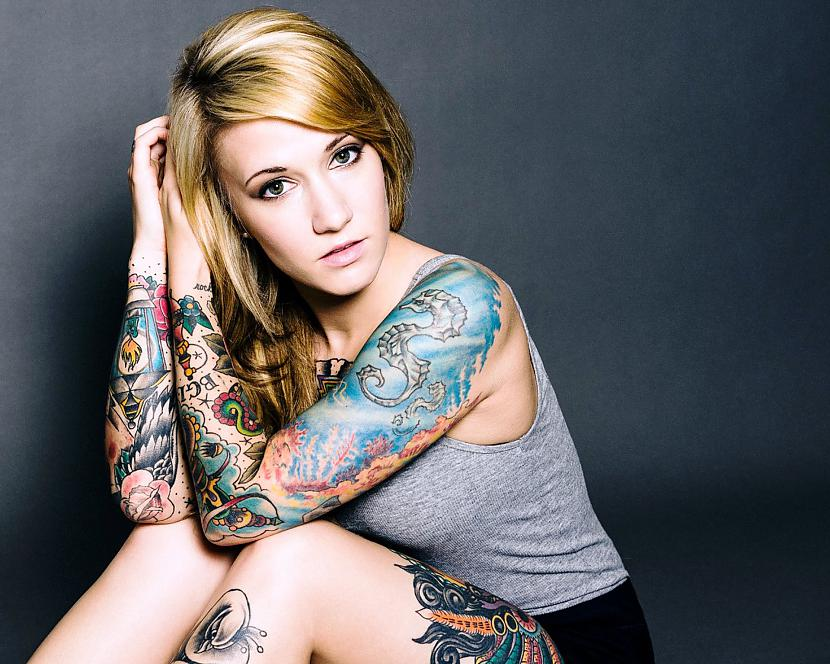 Autors: Niknā mirāža Tetovētas sievietes
