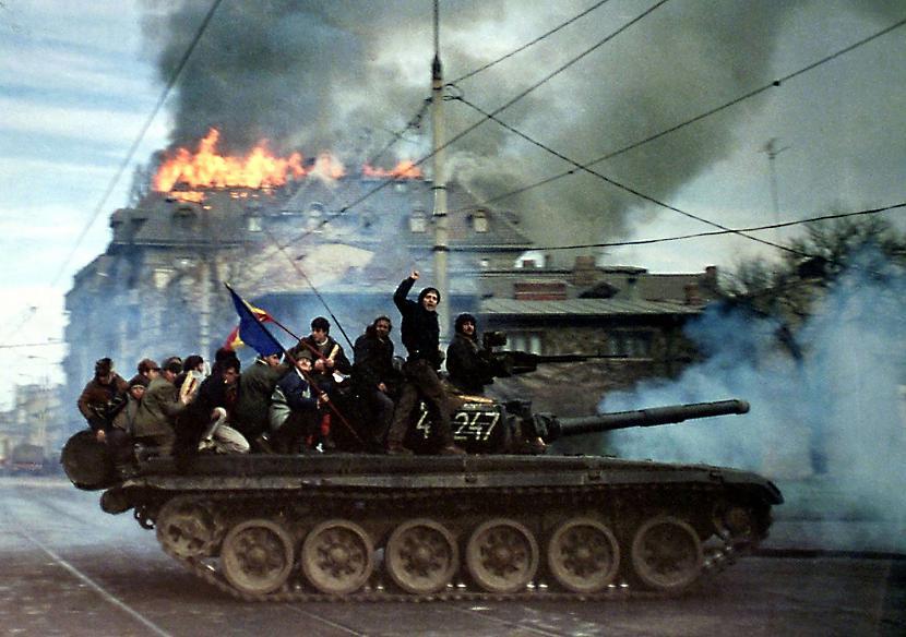 2 Masu slepkavībasSarkano vara... Autors: Zirnrēklis Kāpēc komunisms sū*ā? #2