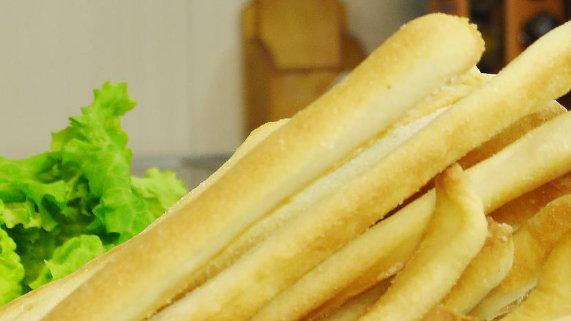 Autors: Video Virtuve Kraukšķīgas maizes standziņas Grissini